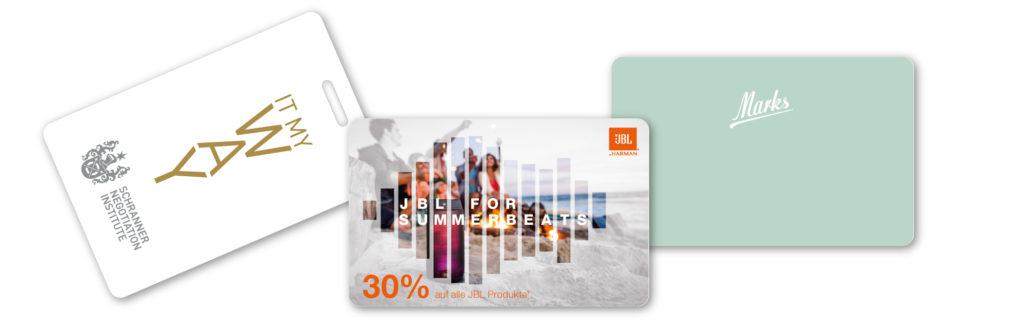 Plastikkarten in Sonderfarben - Pantone / HKS