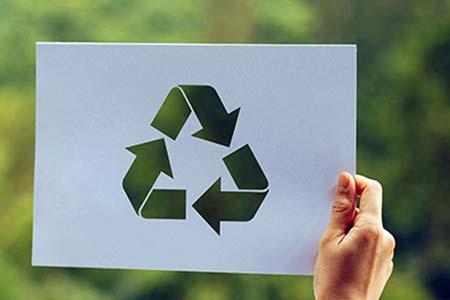 Recyclbare Plastikkarten